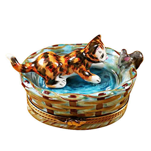 Magnifique Cat in Basket with Mouse Limoges Box