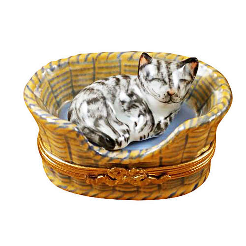 Magnifique Dreaming Cat with Mouse Inside Limoges Box