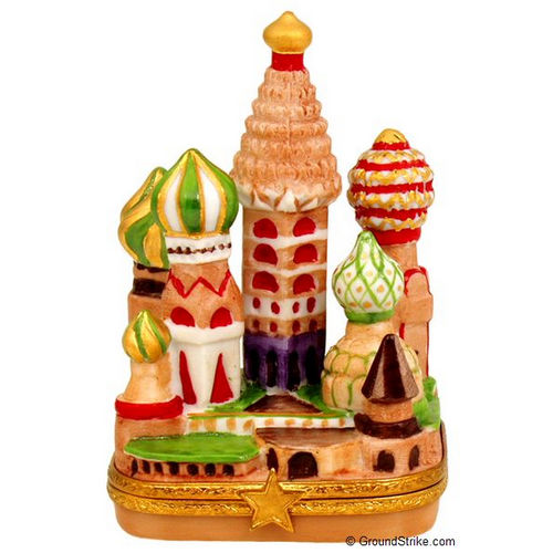 Artoria The Kremlin in Moscow Limoges Box