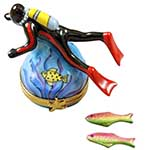 Rochard Scuba Diver with Two Removable Fish